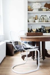 Table : Garden Style Living / Design : Leanne Ford Interiors / Photo : Nichole Franzen