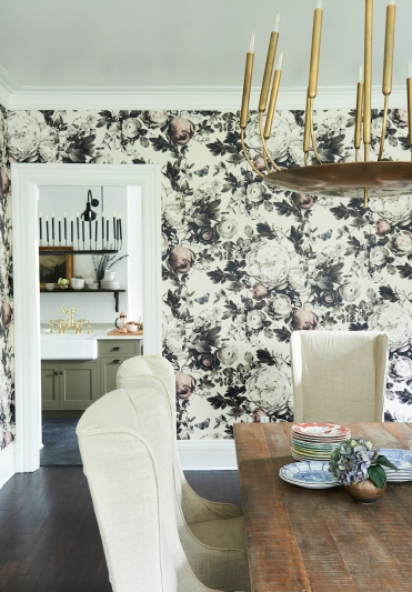 Mid Century studio pottery from: Garden Style Living / Pictured from: HGTV's Restored by the Fords / Design: Leanne Ford Interiors / Photo: Alexandra Ribar