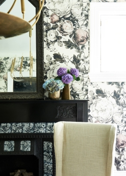 Mid Century base pot and vase and vintage mirror from: Garden Style Living / Pictured from: HGTV's Restored by the Fords / Design: Leanne Ford Interiors / Photo: Alexandra Ribar