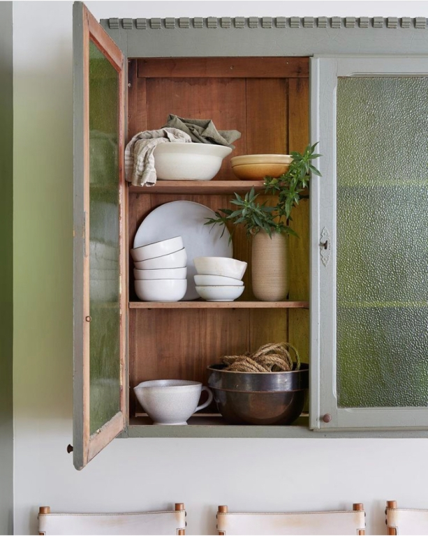 Assorted accessories: Garden Style Living / Design Leanne Ford / Photo: Erin Kelly